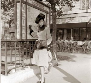 1944-Paris-Fall-fashion-Robert-Piguet